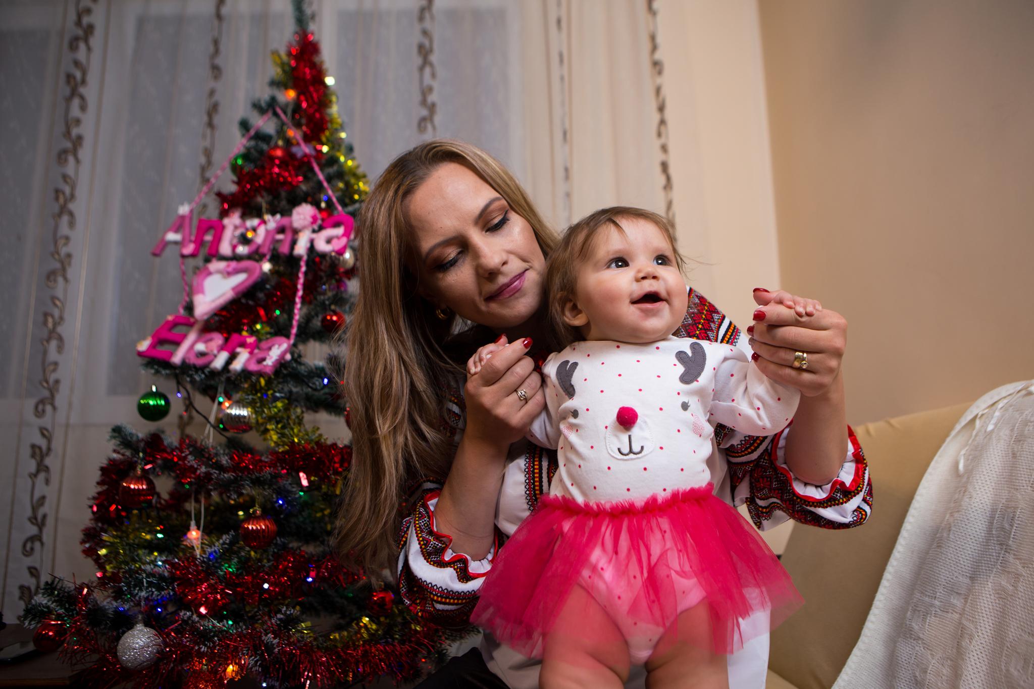 antonia elena 316 of 350 Ședință foto de Crăciun